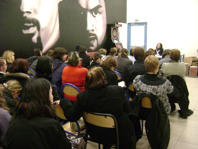 conférence/débat sur les violences