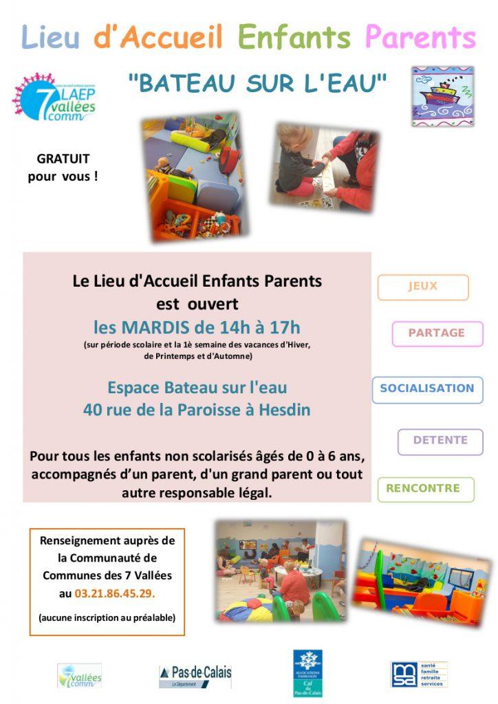 lieu-daccueil-enfants-parents-bateau-sur-leau